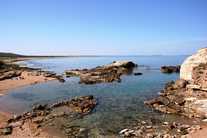 Spiaggia di torre del pozzo go oristano turismo in provincia di oristano - Torre specchia spiaggia ...